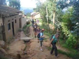Visit Western Rwanda on foot & bike – Experience Rwanda local lifestyle!